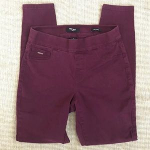 Nine West Jeans lull on Skinny size 6